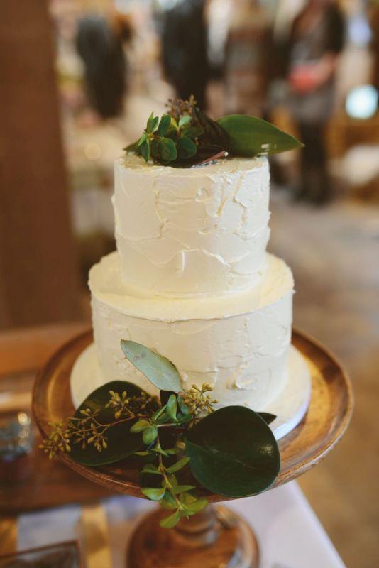 9. Stoere creme bruidstaart
